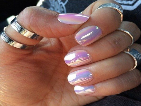 Metallic Mother of Pearl Nails - 10 Cool Mother Of Pearl Nail Designs