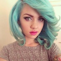 13 Pretty Pastel Green Hairstyle Pictures
