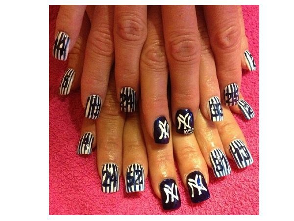 Blue and White Pinstripe Yankee Nails