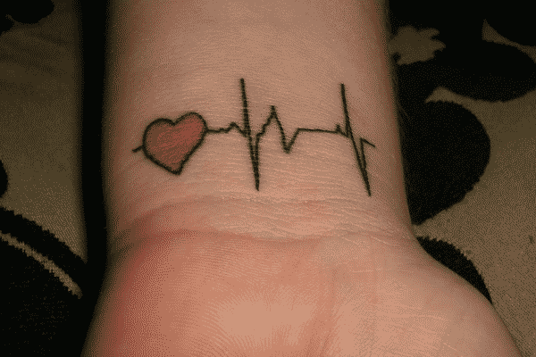20 Symbolic Heartbeat Tattoos To Consider