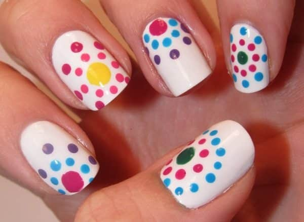 17 Fun And Easy Polka Dot Nail Art Designs To Try