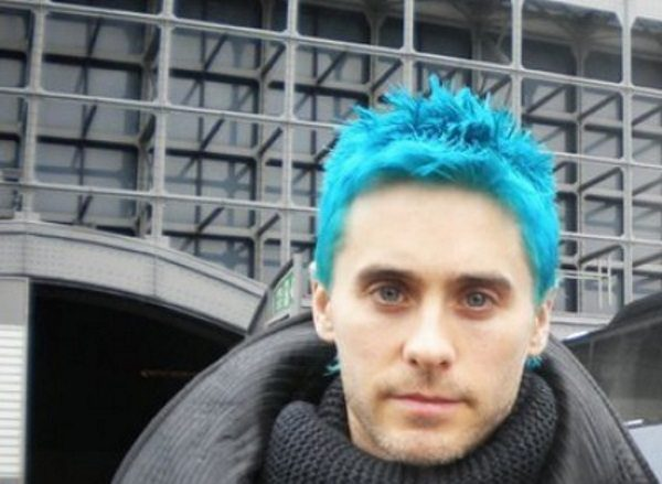 17 Funky Examples of Blue Hair for Guys