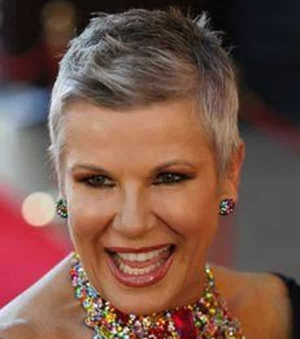 Short Haircuts For Women With Gray Hair 11 Sophisticated Examples