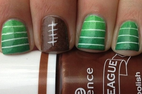 11 Simple and Fun Football Nails for Game Day