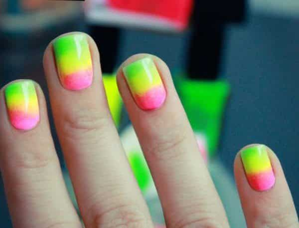 14 Bright and Easy Neon Green Nail Art Designs