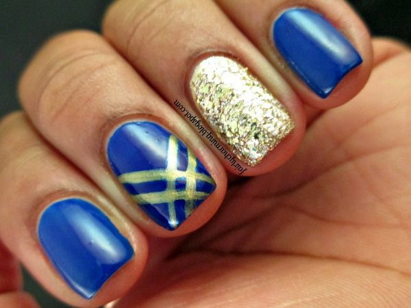 17 beautiful blue and gold nail art designs blue and gold nail art prinsesfo Images