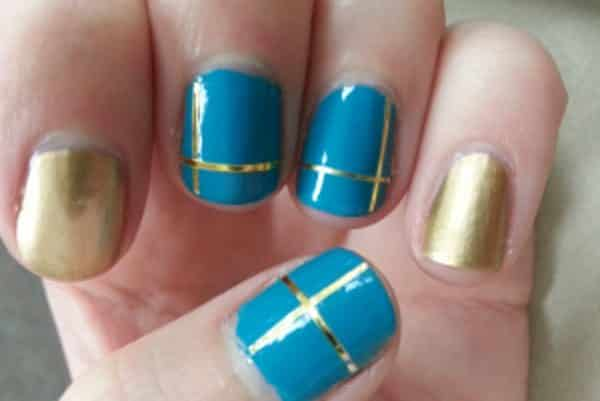 17 beautiful blue and gold nail art designs blue and gold nail art prinsesfo Gallery