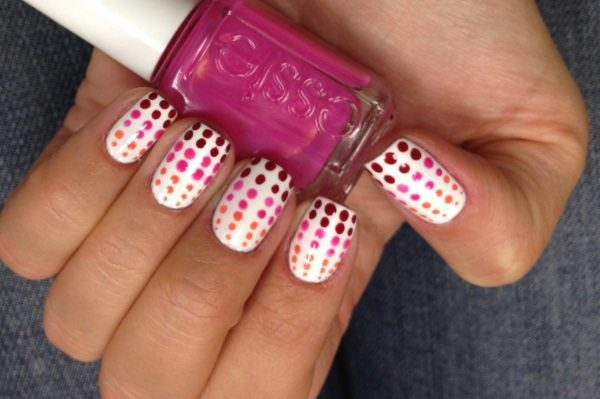 gradient polka dot nail art 10