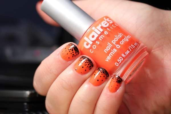 15 Halloween Black and Orange Nail Art Ideas