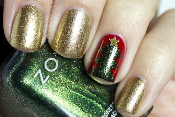 12 Festive And Easy Christmas Tree Nail Designs