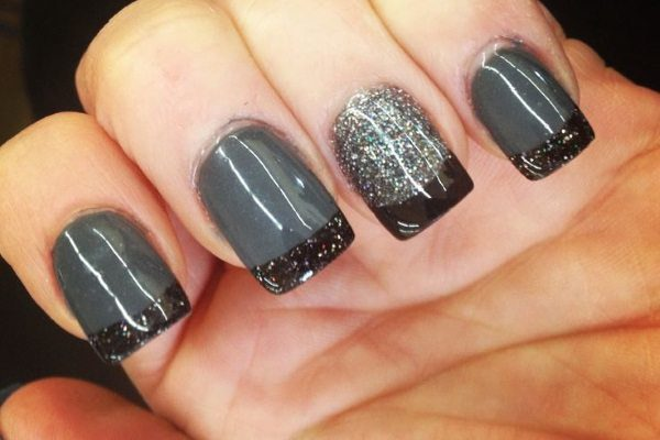 14 Gorgeous Gray Nail Designs