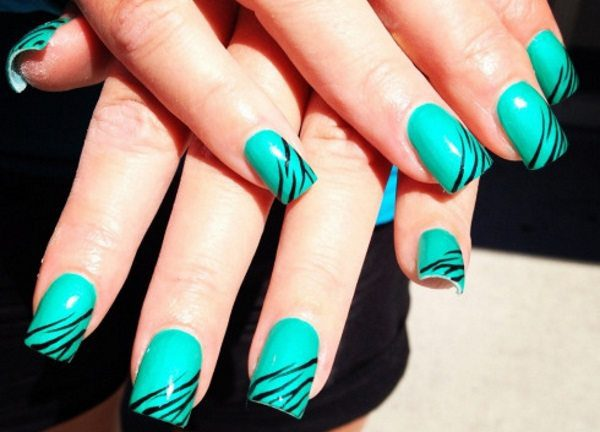 15 Trendy Turquoise Nail Designs