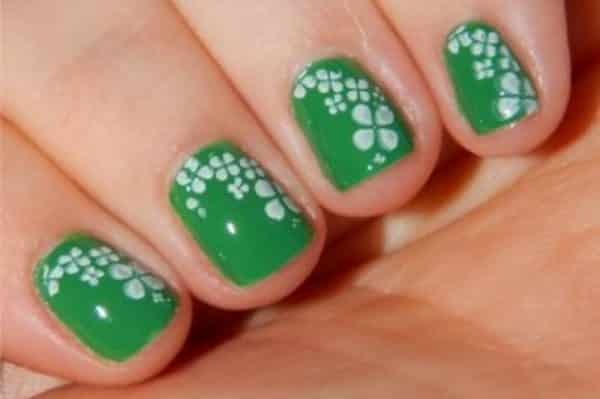 14 St. Patrick's Day Nail Art Designs With Shamrocks