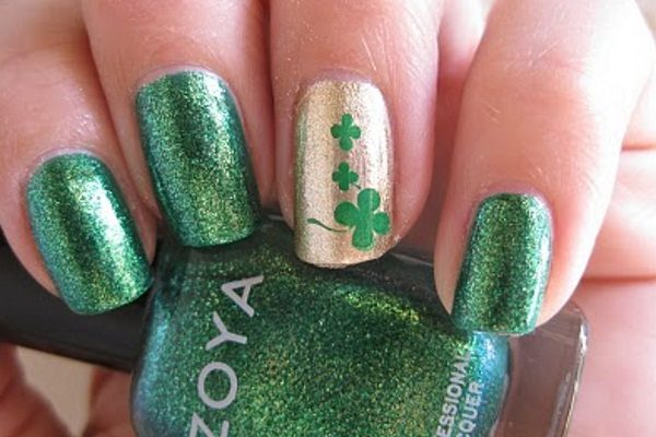 14 st patricks day nail art designs with shamrocks st patricks day nail art prinsesfo Gallery