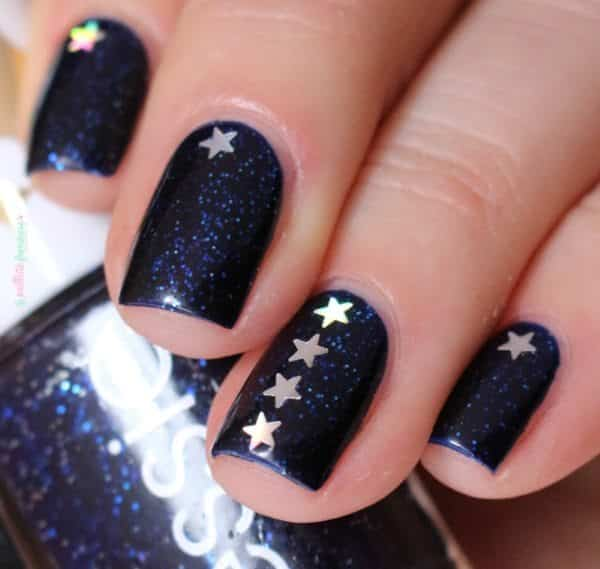 star nail designs - 12 Splendid Star Nail Designs