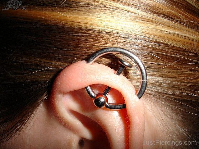 14 Stylish Orbital Piercings Silver Ring With Bar