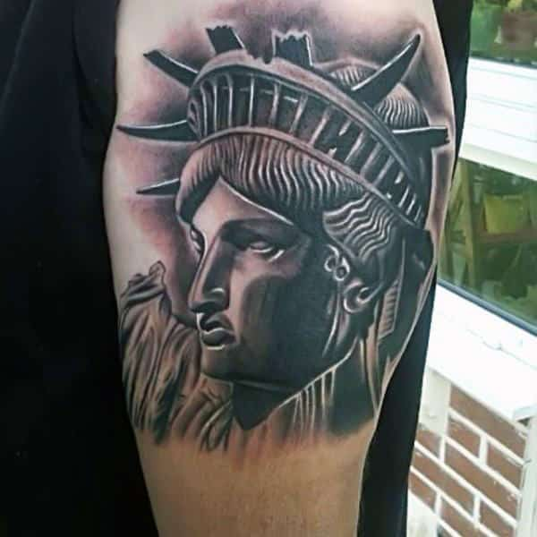 4e03e1338bc56 11 Statue Of Liberty Tattoos That Every American Will Appreciate